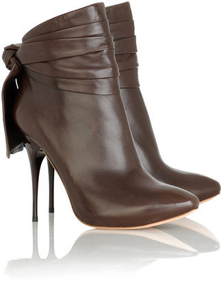 Alexander McQueen Bow-back leather ankle boots