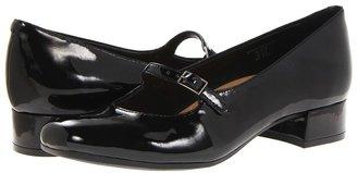 Earth Nightingale (Black Patent) - Footwear