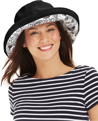 Nine West Black & White Reversible Kettle Hat
