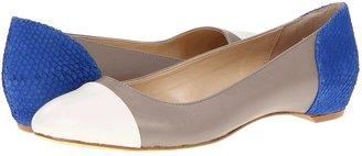 Calvin Klein Caela (Antique White/Mink/Bright BLue Calf/Wave Fish) - Footwear