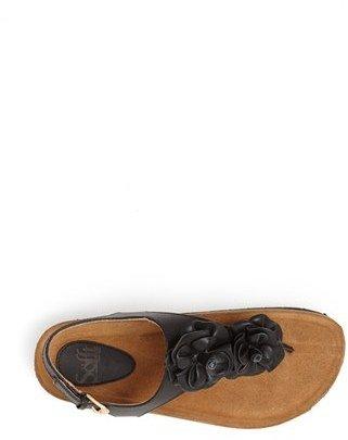 Sofft 'Brysen' Thong Sandal