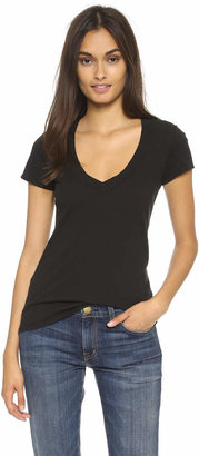 James Perse Short Sleeve V Neck Tee $60 thestylecure.com