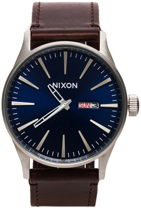 Nixon The Sentry Leather $150 thestylecure.com