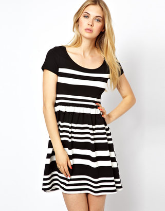 Vila Stripe Scoop Neck Dress