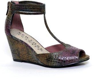 JLO by Jennifer Lopez New york transit joyful t-strap wedge sandals - women