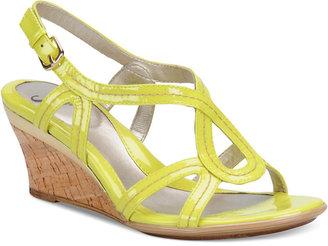 Sofft Women's Paharita Wedge Sandals