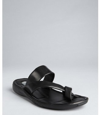 Kenneth Cole New York black leather crisscross strapped 'Morning Stretch' sandals
