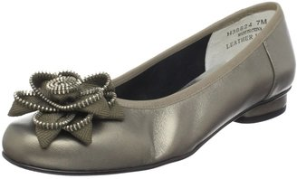 Ros Hommerson Women's Miracle