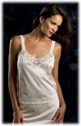 Vanity Fair Women's Satin Glance Half Slip #11-711 $7.44 thestylecure.com