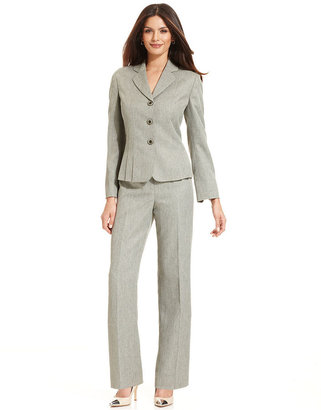 Le Suit Petite Three-Button Pleated Blazer Pantsuit