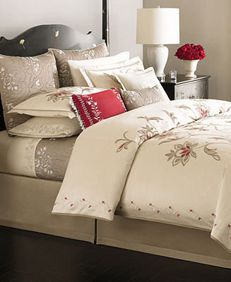 Martha Stewart CLOSEOUT! Collection Bedding, Dreamtime Floral Full/Queen Duvet Cover