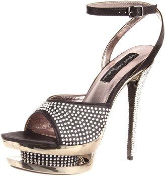 The Highest Heel Women's Diamond-71-Bsat Platform Sandal