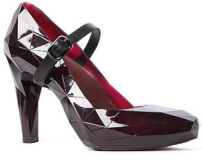 United Nude The Lo Res Pump in Burgundy