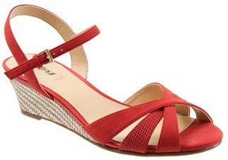 Women's Trotters 'Mickey' Wedge Sandal $94.95 thestylecure.com