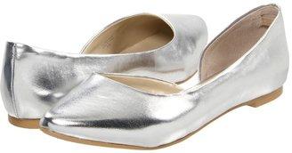 Type Z Lark (Silver Metallic) - Footwear