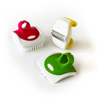 Chef'N Palm Zester Peeler And Brush Set
