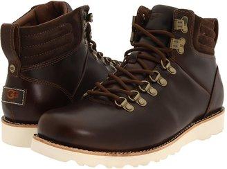 UGG Capulin (Black Leather) - Footwear