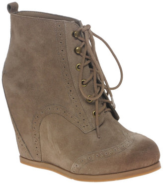 Dolce Vita DV Payton Wedge Lace Up Boots