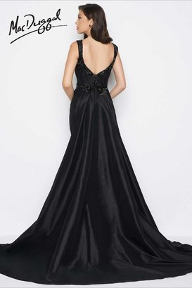 Mac Duggal Black White Red - 65664 V Neck Gown In Black