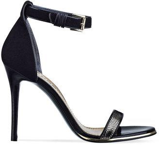 GUESS Women's Shoes, Oderan Sandals