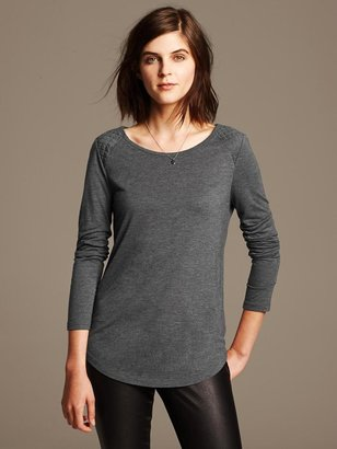 Banana Republic Quilted Whisper Tee