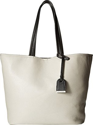 Kenneth Cole Reaction Clean Slate Travel Tote $39.99 thestylecure.com