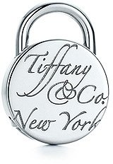 Tiffany & Co. Notes Round lock charm