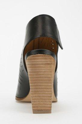 Report Blade Peep-Toe Boot