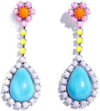 Tom Binns Soft powder flower stud earrings
