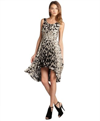 Max & Cleo black and champagne printed 'Lydia' sleeveless cocktail dress