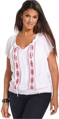 Amy Byer Size Top, Short-Sleeve Embroidered Peasant