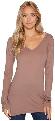 LAmade - Fitted V-Neck Tee Women's Long Sleeve Pullover $40 thestylecure.com