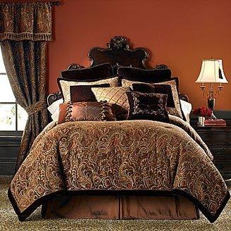 Steve Madden Chris Palme Chenille Comforter Set & Accessories