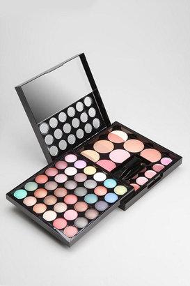 NYX Makeup Artist Palette