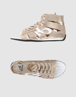 Deha Sandals