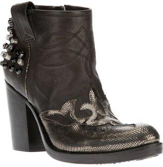 Baldan embellished boot