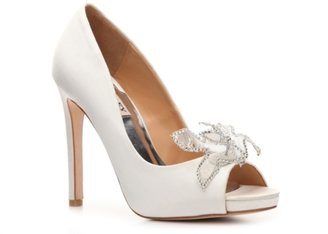 Badgley Mischka Reta Platform Pump