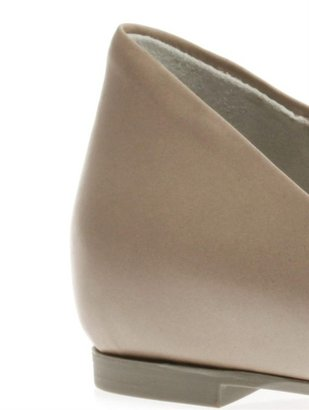 McQ by Alexander McQueen Point-toe flat shoes