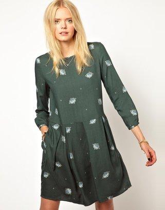 Band Of Outsiders Shift Dress in Jewel Print Wool Mix Fabric