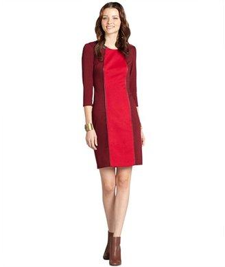 Donna Morgan bordeaux colorblock three quarter sleeve shift dress