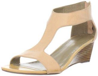 Adrienne Vittadini Footwear Women's Coby Wedge Sandal