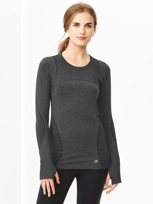 Gap GapFit heathered Motion long-sleeve tee