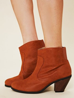 Cri De Coeur Essex Vegan Boot
