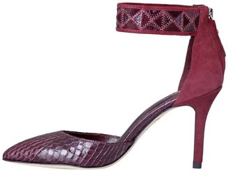 Brian Atwood Mariale 4