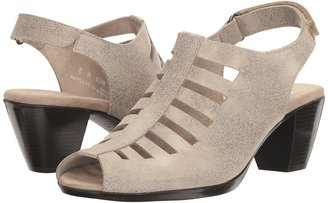 Munro - Abby Women's Shoes $180 thestylecure.com