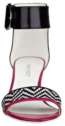 Nine West Venchie Open Toe Wedge Sandals