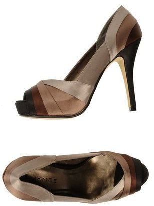 Avance Pumps with open toe