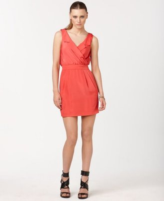 BCBGMAXAZRIA BCBGeneration Dress, Sleeveless Notched V-Neck Keyhole Back