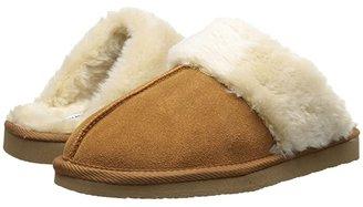 Minnetonka Chesney Scuff (Cinnamon Suede) Women's Shoes