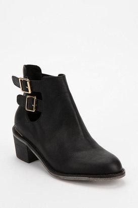 Urban Outfitters Ecote Gordon Cutout Boot